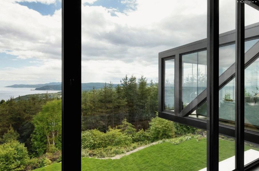 projects of houses with panoramic windows